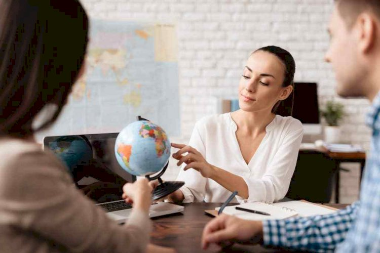 Things successful travel agents do everyday